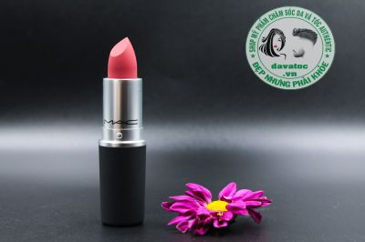 Son MAC Powder Kiss Màu Mull It Over 314 – Hồng Nude